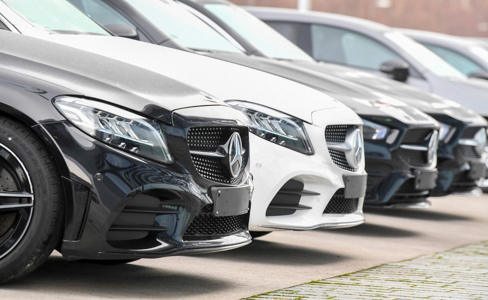GERMANY-FILES-GERMANY-AUTOMOBILE-INDUSTRY-INDICATOR-HEALTH-VIRUS