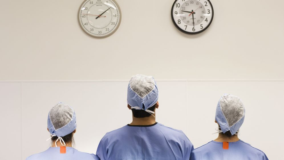 Arztbehandlungen: Wer muss wie lange warten?