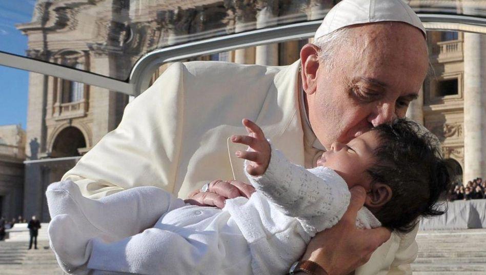 """Papst Franziskus mit Baby: """"Danken wir dem Herrn für das Geschenk der Milch"""""""