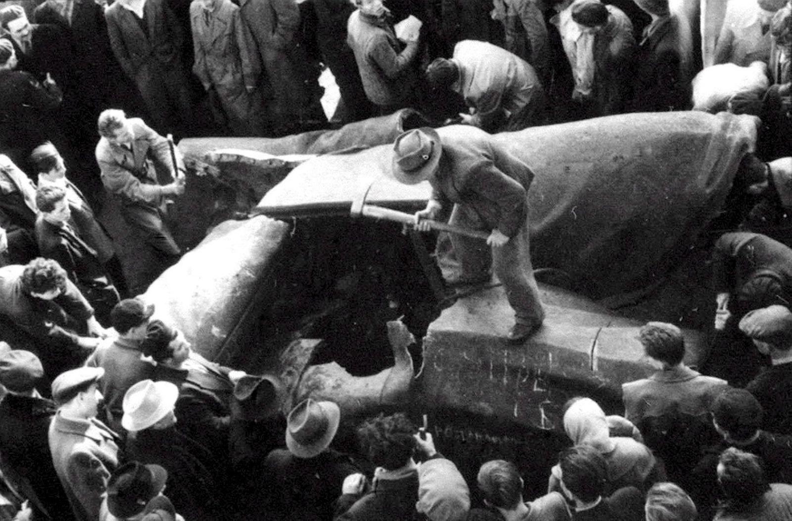 FILES HUNGARY 1956 REVOLUTION