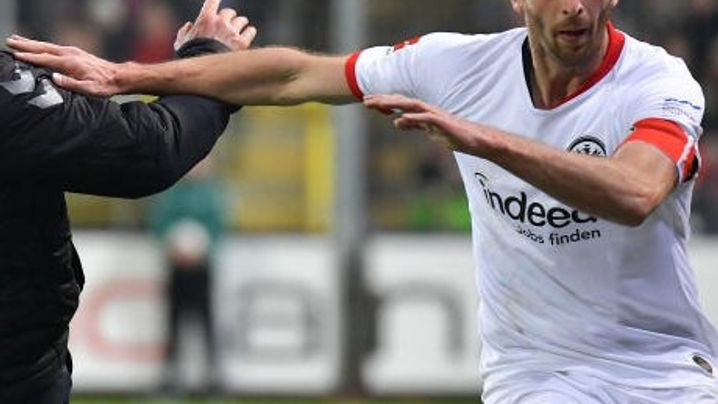 """Skandalspiel in Freiburg: """"Er ist halt ein junger Büffel, ich bin 54"""""""