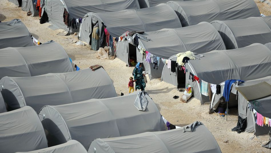 """Syrische Flüchtlinge im türkischen Suruc: """"Wettlauf gegen die Zeit"""""""