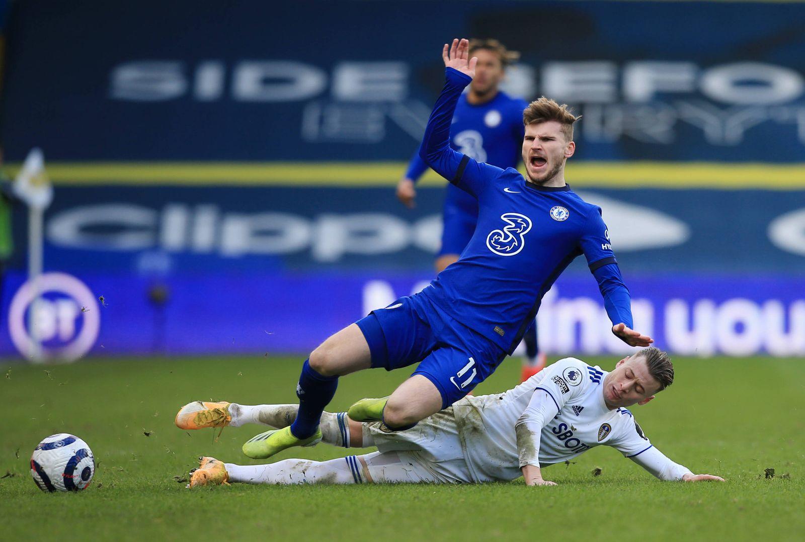 Leeds United v Chelsea - Premier League - Elland Road Leeds United s Ezgjan Alioski challenges Chelsea s Timo Werner dur
