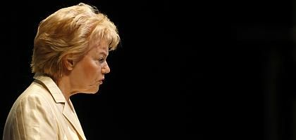 Vertriebenenpräsidentin Steinbach: Zieht sie ihre Nominierung zurück?