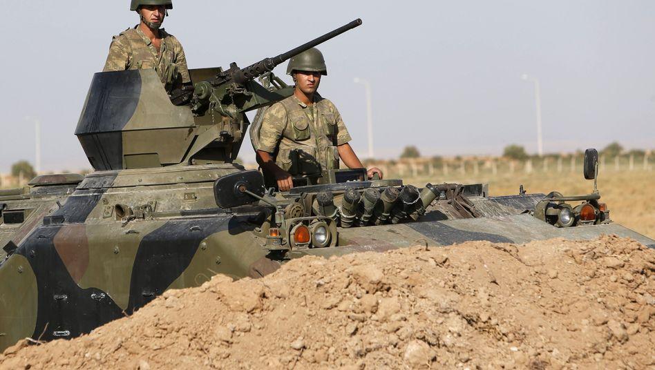 Türkische Soldaten an der türkisch-syrischen Grenze (Archiv): Zunahme türkischer Kämpfer in Syrien