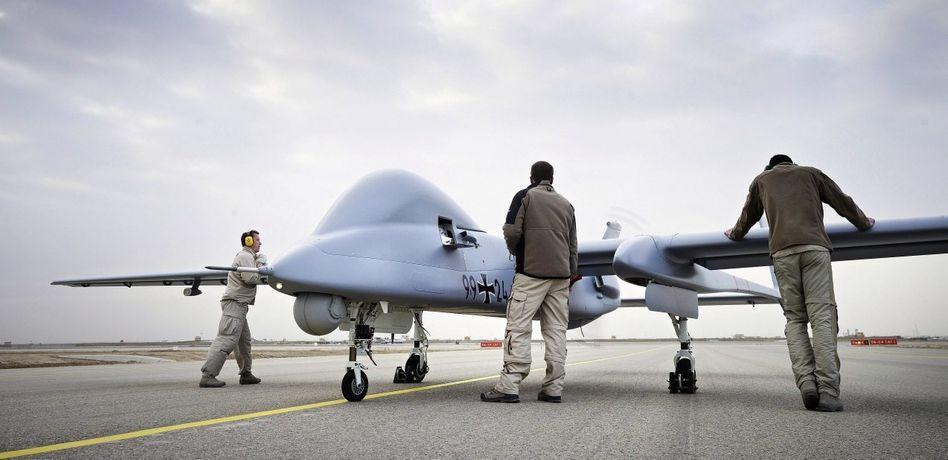 Bundeswehr-Drohne »Heron 1« in Afghanistan: Den Feind per Knopfdruck töten