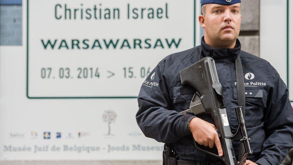 """Polizist vor Jüdischen Museum in Brüssel: """"Sorge vor weiteren Anschlägen"""""""