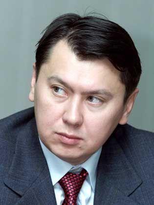 Aliew: Der Schwiegersohn des Präsidenten wird von Interpol gesucht