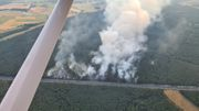 Waldbrand an der A7 führt zu Großeinsatz der Feuerwehr