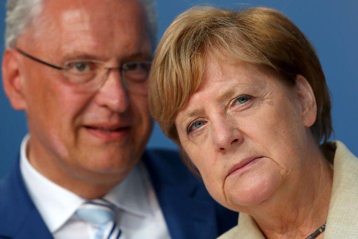 CSU-Spitzenkandidat Herrmann, Merkel