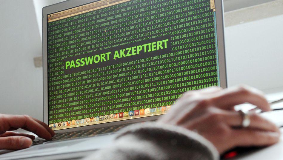 Sicheres Passwort? Ein Jahr nach dem NSA-Schock gehen die meisten Internetnutzer weiterhin sorglos mit ihren Daten um