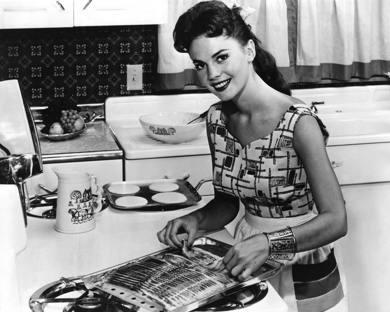 Henkersmahlzeit - Natalie Wood Cooks Breakfast Food