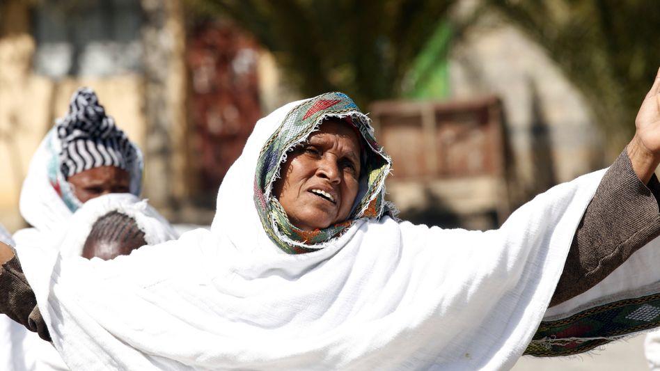 Frau bei Protesten in Mekelle: Noch immer fast keine Hilfe