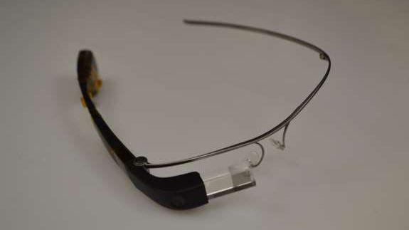Google-Glass-Bild der US-Behörde FCC: Die Datenbrille wird weiter verbessert