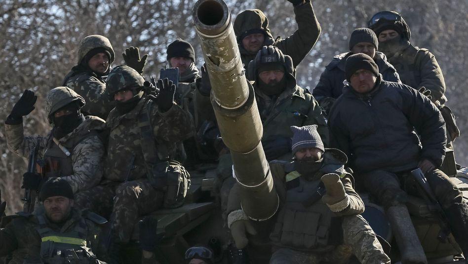 Ukrainische Soldaten: Die Krise zeigt dem Westen die Grenzen seiner Macht