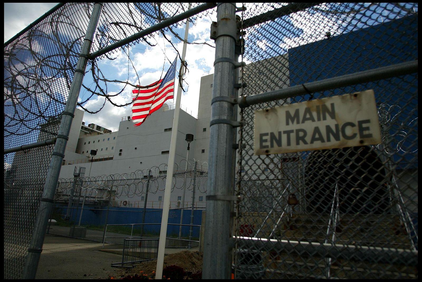 NICHT MEHR VERWENDEN! - Rikers Island