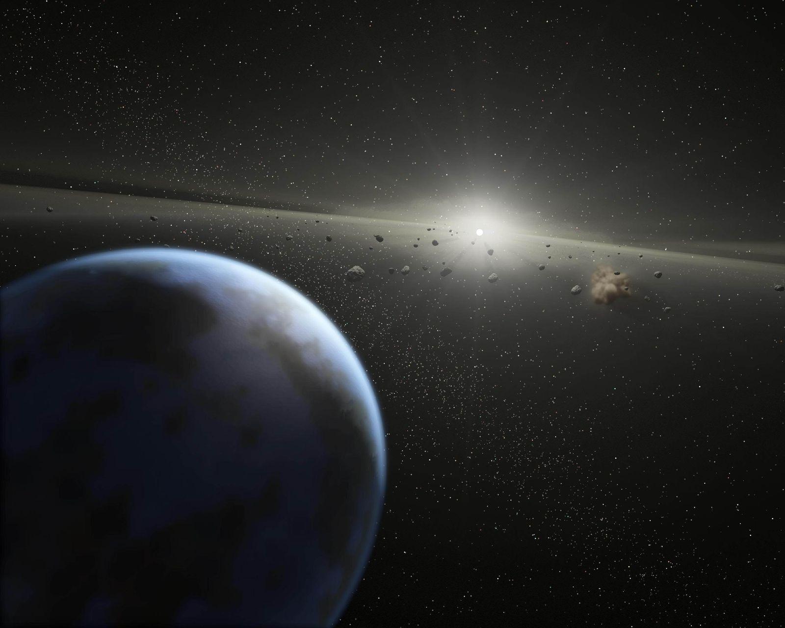 Asteroidengürtel / Asteroid