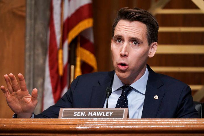 Josh Hawley, Senator der Republikaner, will die Verkündung des Biden-Wahlsiegs verzögern