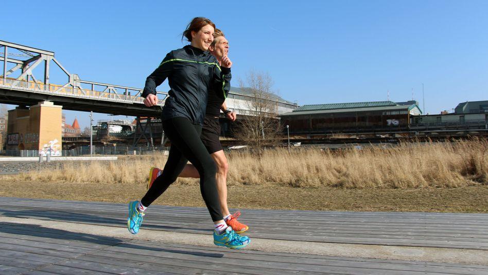 Anna und Achim im Gleichschritt: Ein guter Laufstil entsteht nicht an einem Tag