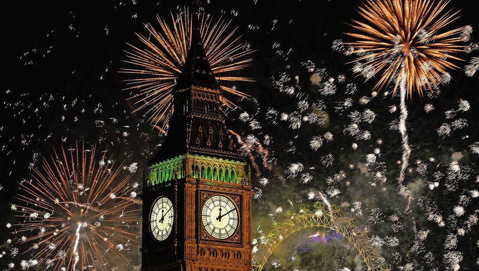 Feuerwerk über Big Ben
