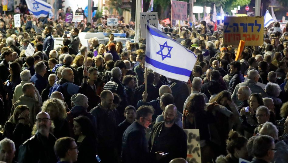 Protest gegen Netanyahu in Tel Aviv