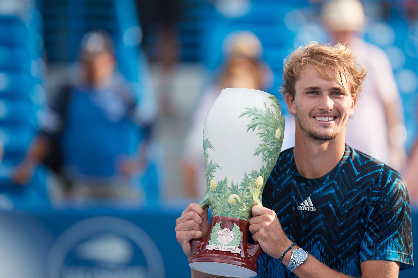 CINCINNATI, OH - AUGUST 22: Alexander Zverev of Germany holds the Rookwood Cup after winning the menÕs championship mat