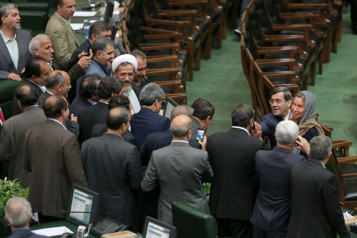 Mogherini im Parlament in Teheran