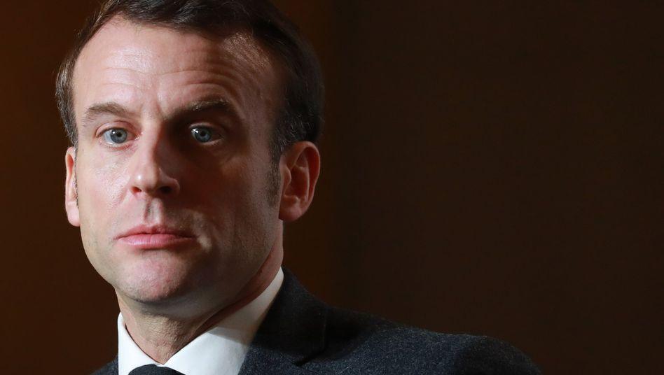 """Präsident Macron: """"Wir schulden ihr Schutz an der Schule, in ihrem Alltag und bei Reisen"""""""