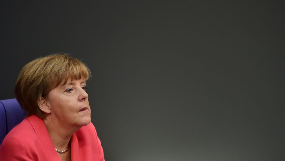 German Chancellor Angela Merkel's refugee policies are increasingly coming under fire from those in her own party.