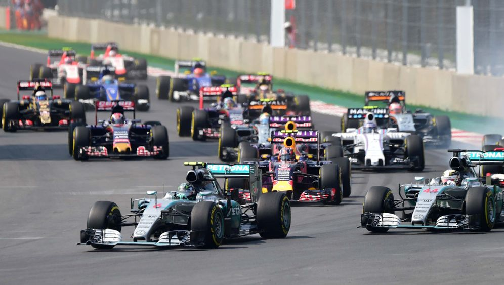 Großer Preis von Mexiko: Vettels Fehlerfahrt, Hamiltons Funk-Verkehr