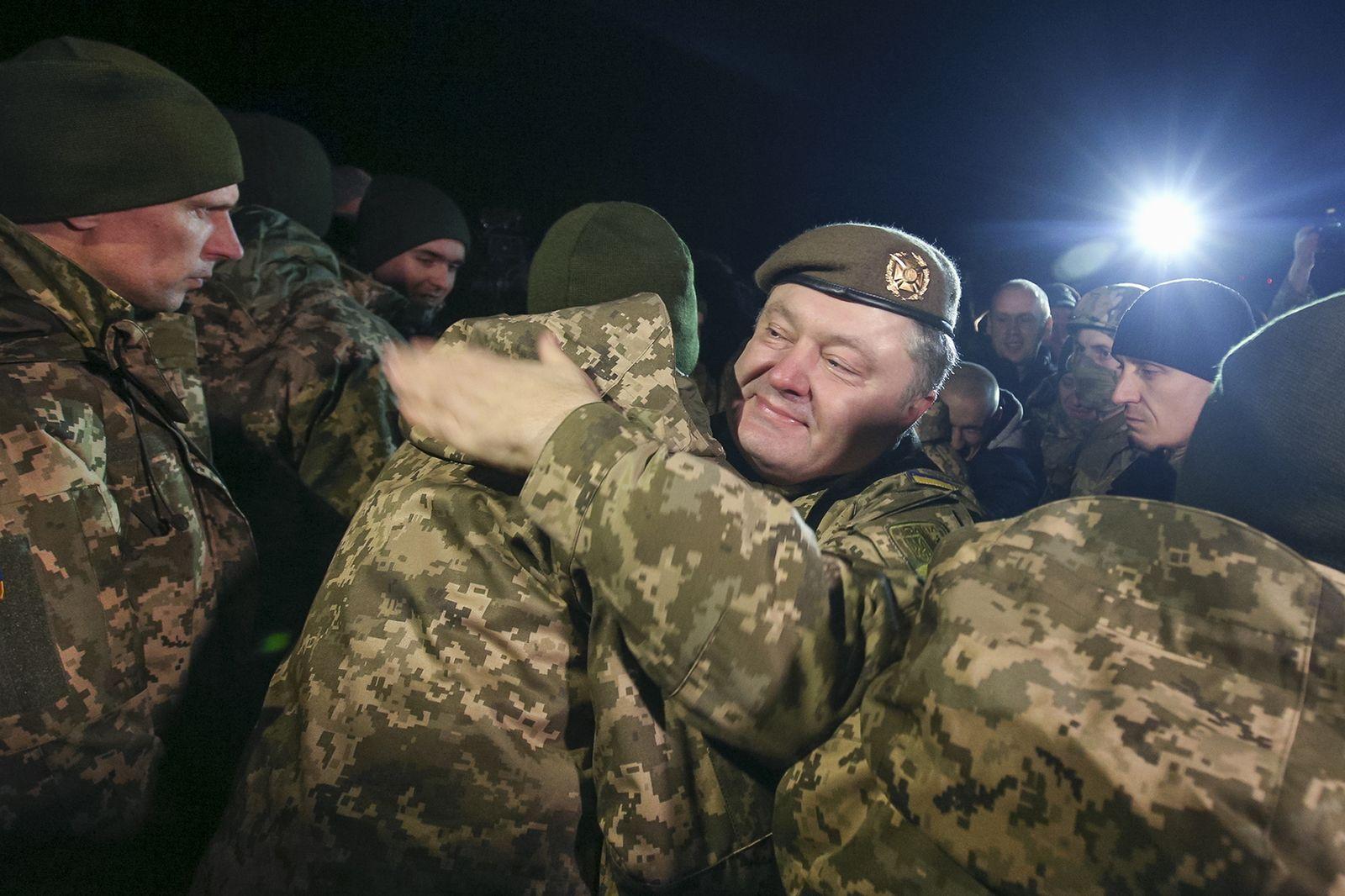 Poroschenko/ Armee/ Front