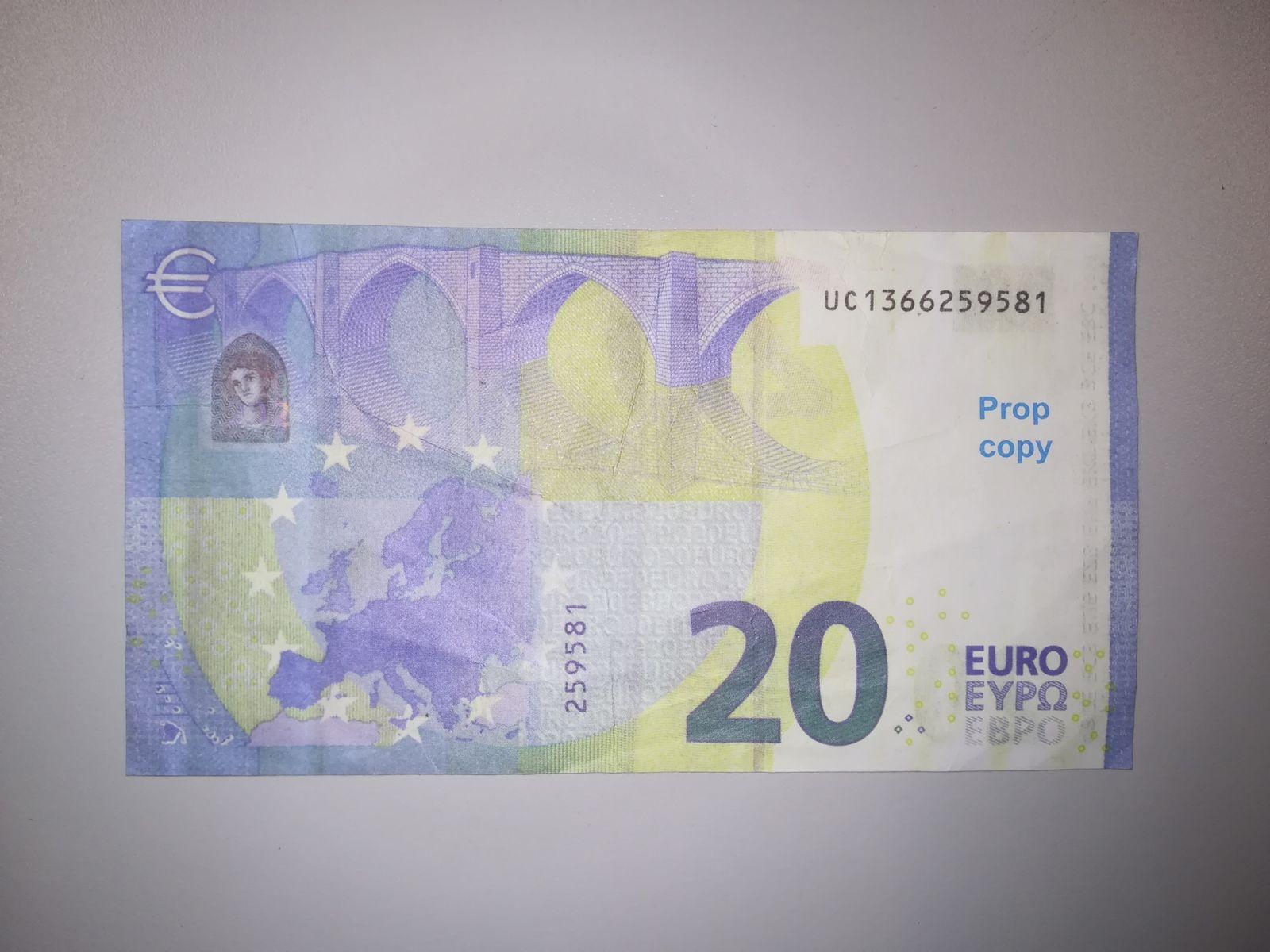EINMALIGE VERWENDUNG Falschgeld