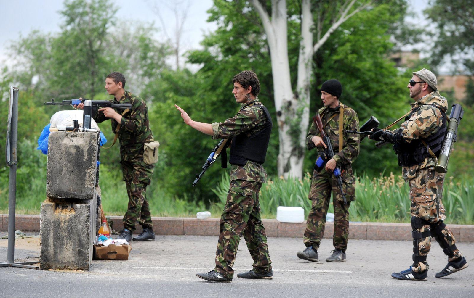 Ukraine/ Mariupol/ Barrikade