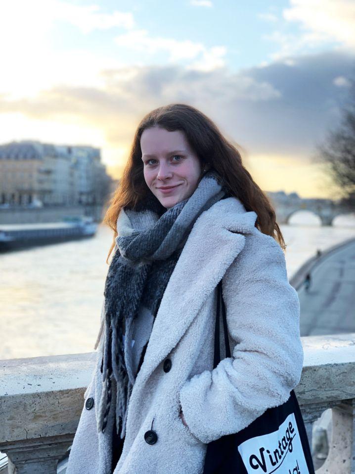 Esther reiste nach dem Abi nach Frankreich für ein Au-pair-Jahr - und musste es wegen Corona abbrechen