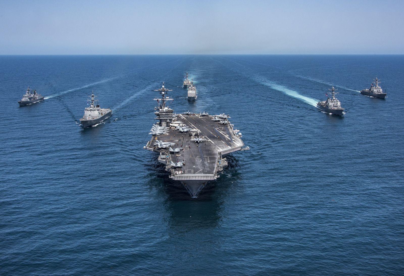 US Militär in Asien/ Flugzeugträger USS Carl Vinson/ Südkorea
