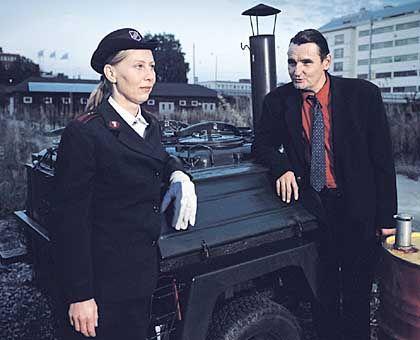 Prämiert in Cannes: Kati Outinen als Heilsarmistin Irma (l.)