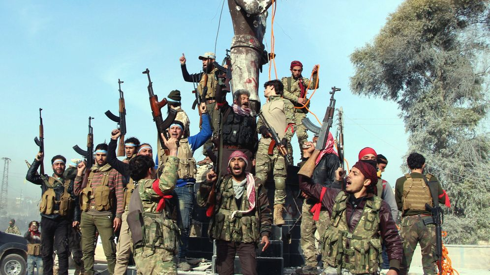 Eroberte syrische Stadt: In Afrin rollen die Bulldozer
