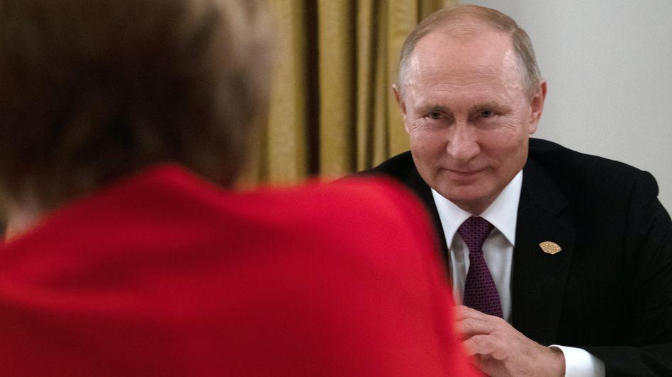 Merkel, Putin bei einem Treffen im Jahr 2018