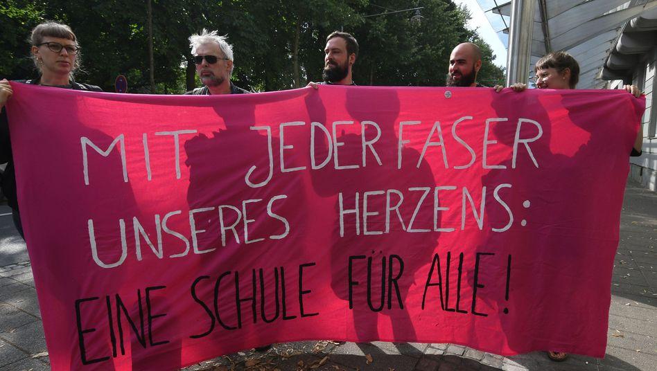 Protest vor Bremer Verwaltungsgericht
