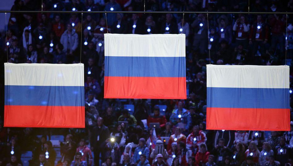 """Siegerehrung mit russischen Flaggen: """"Gewisse Hinweise auf Fakten"""""""