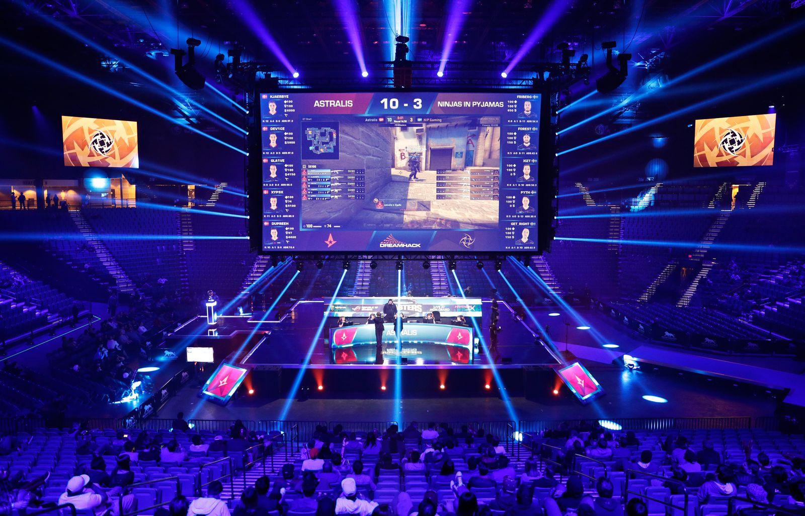 Vegas Strip E-Sports Arena