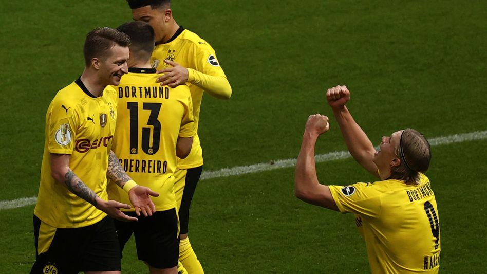 Dortmunder Jubel nach dem 2:0 durch Haaland