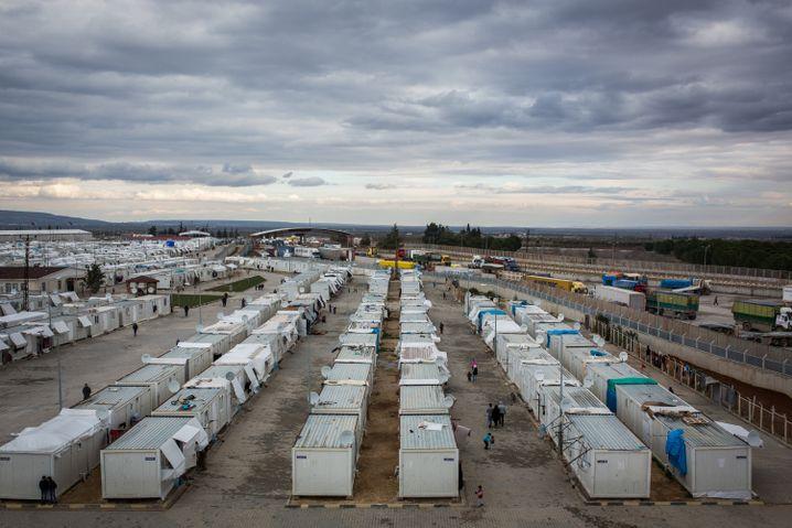 Flüchtlingslager an der syrisch-türkischen Grenze bei Öncüpinar