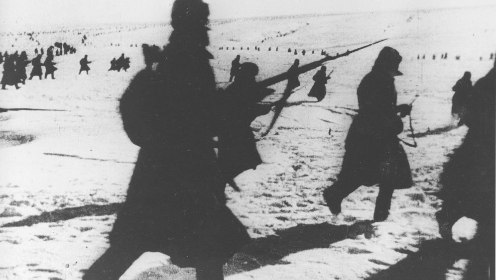 Photo Gallery: Stalingrad through the Eyes of Red Army Soldiers