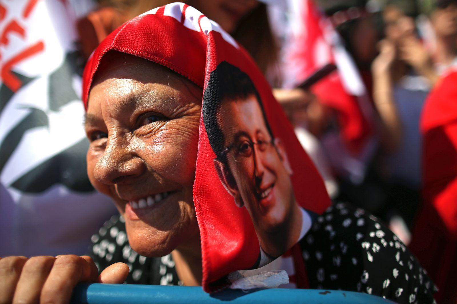 Ekrem Imamoglu Unterstützer Wahl Istanbul
