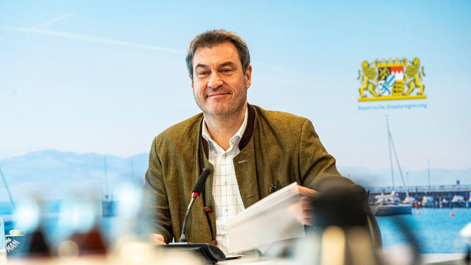 Ministerpräsident Dr. Markus Söder, MdL, leitet die Sitzung des Ministerrats, die per Video-Schalte stattfindet. Das Ka
