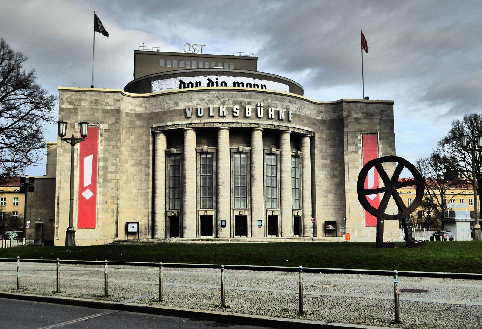 EINMALIGE VERWENDUNG Volksbühne Berlin