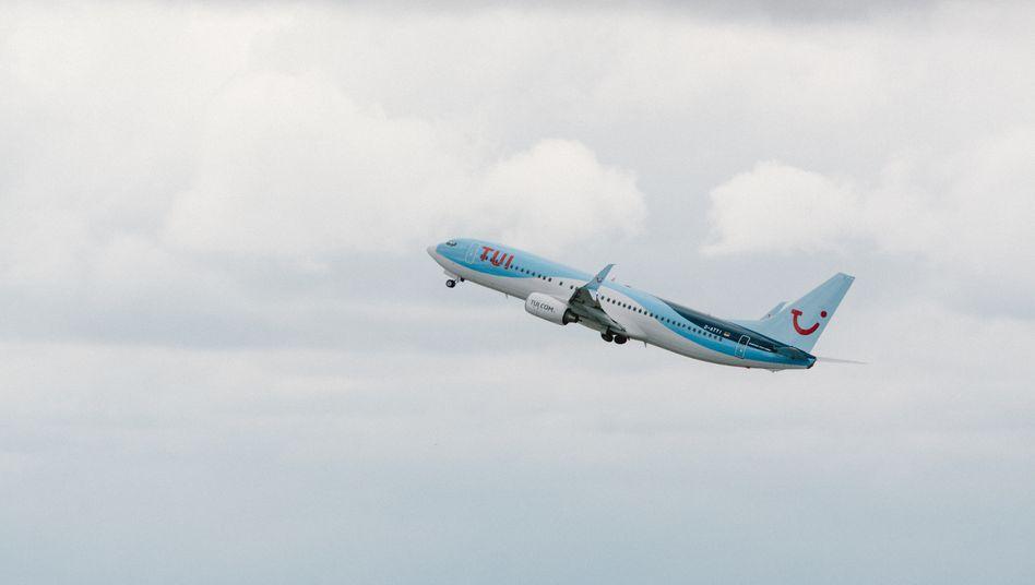 """Tui-Ferienflieger (Symbolbild): """"Der Flug war ein Debakel"""""""