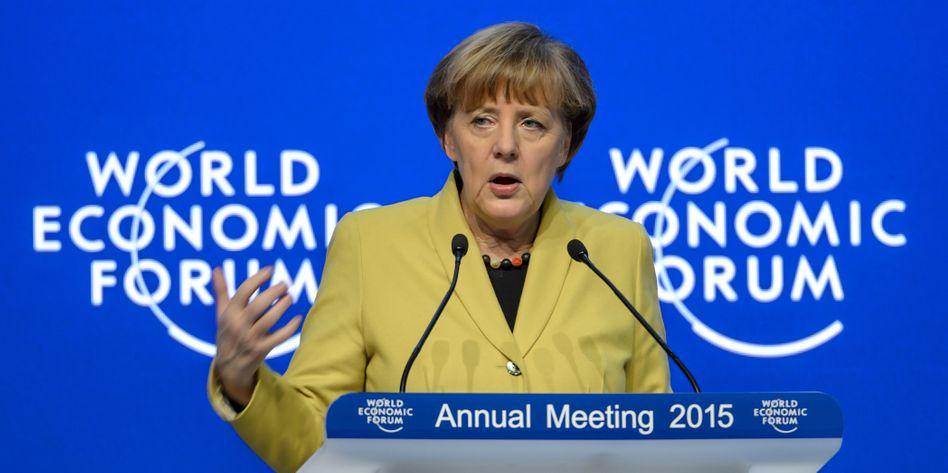 Angebot an Wladimir Putin: Angela Merkel auf dem Wirtschaftsgipfel in Davos