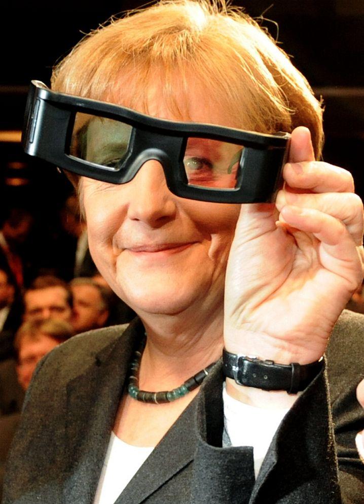 Angela Merkel (Archivaufnahme): Die Kanzlerin wird die Cebit auch dieses Jahr eröffnen